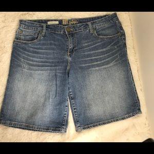 Kut From The Kloth Catherine Boyfriend Shorts 12